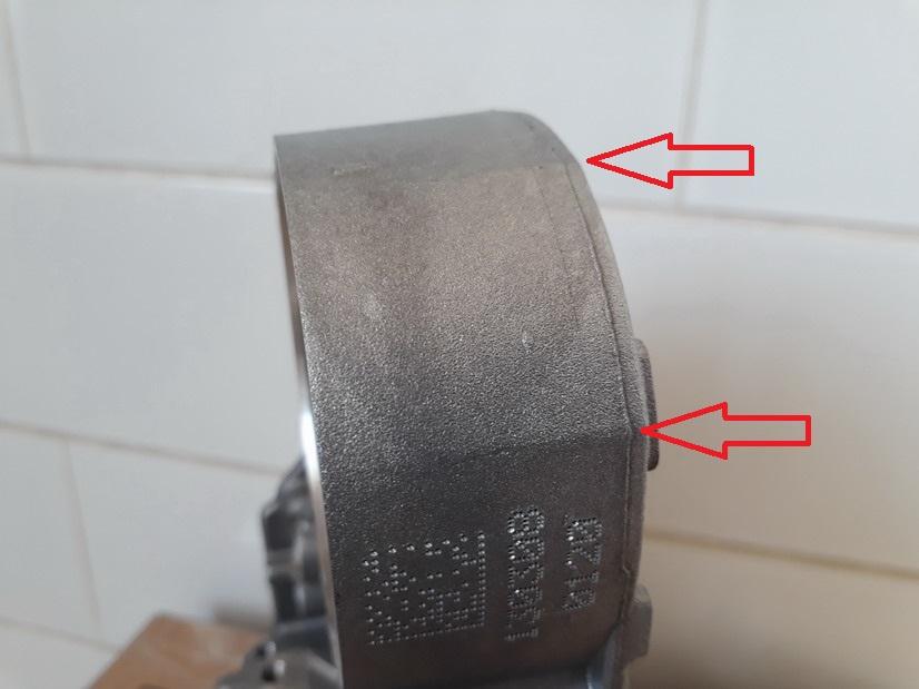 Гидравлическая плита с ребрами жесткости.